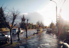ДТП в Шепетівці: водій збив дерево