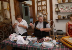 Гарні сімейні традиції з діда-прадіда