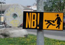 Грабіжники на чорному скутері скоїли черговий злочин