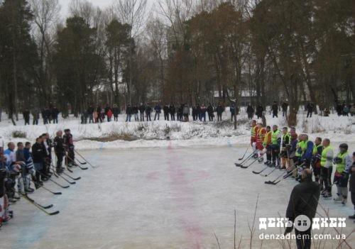 Хокеїсти-аматори зустрілися в Шепетівці