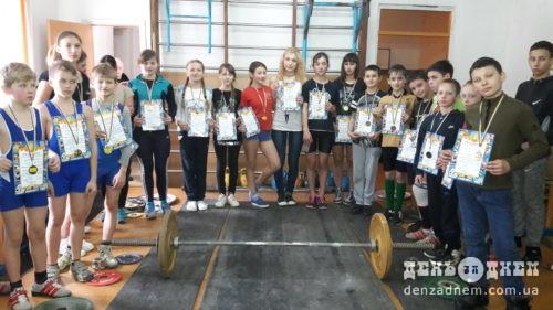 Шепетівські важкоатлети — кращі в області