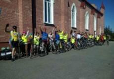 Католики вирушили у паломництво на велосипедах