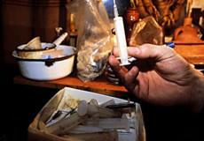 У Шепетівці ліквідували черговий наркопритон