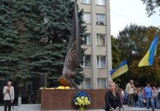 Автор пам'ятника Миколі Дзявульському створив монумент Небесній Сотні