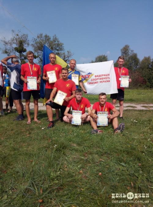 Велотуристи із Шепетівського району стали срібними призерами України