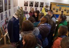 Майбутні медики побували на годині пам'яті захисників України