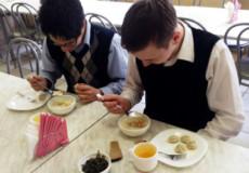 В наступному році на харчування учнів Шепетівки витратять понад 4,5 мільйони