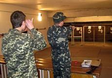 Шепетівські школярі змагалися у стрільбі з пневматичної зброї