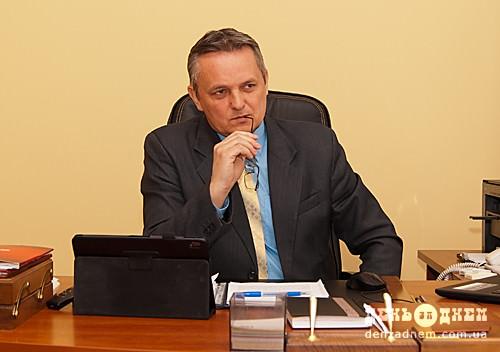 Міський голова Шепетівки захворів на COVID-19 у розпал виборчої кампанії