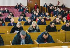 Коли шепетівським депутатам «припекло»— то дві сесії в один день провели!