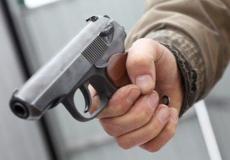 Шепетівчанин, погрожуючи пістолетом, пограбував двох жінок у Києві