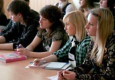 У 2017-му на Шепетівщині знайшли роботу 348 молодих безробітних