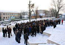 У Славуті пенсіонери-силовики влаштували попереджувальну акцію