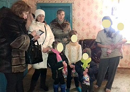 У Шепетівському районі перевіряли неблагополучні родини