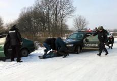 Шепетівські поліцейські звільнили умовного заручника