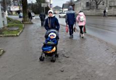 Шепетівчани нарікають на погані тротуари