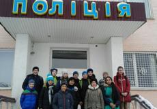 Шепетівські правоохоронці ознайомили семикласників зі своєю роботою