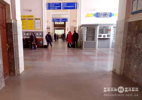 Приміські та регіональні поїзди відновлять рух у Хмельницькій області