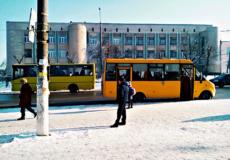 Між Шепетівкою та Полонним скасовано пільговий проїзд у автобусах