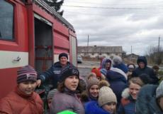 На Шепетівщині рятувальники провели громадську акцію «Запобігти. Врятувати. Допомогти»