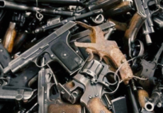 За збут зброї двом хмельниччанам призначили заставу по 380 тисяч гривень