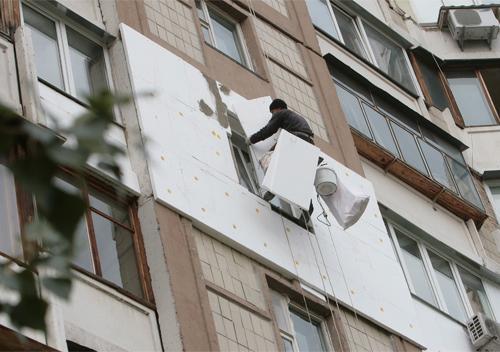 За «теплі кредити» ОСББ у Шепетівці встановили нові вікна