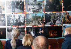 У Старокостянтинові відкрилася виставка фотографій з війни