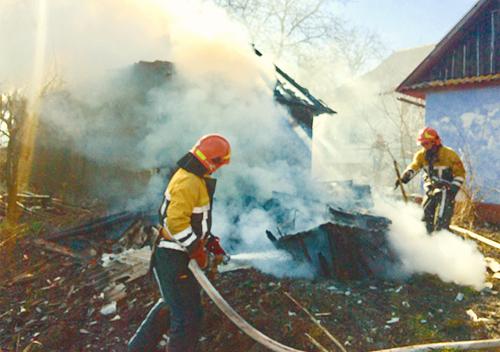У день Пасхи на Шепетівщині сталося дві пожежі
