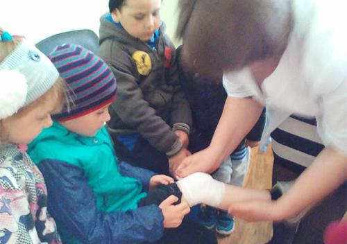 На Шепетівщині дошкільнят навчали надавати першу медичну допомогу