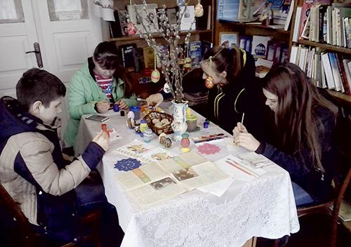 У Пашуках відбувся майстер-клас із писанкарства