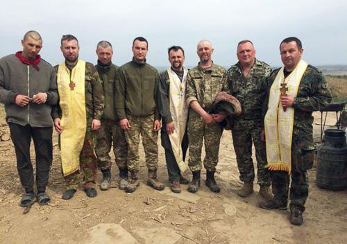 Священики Хмельниччини відвідали схід України
