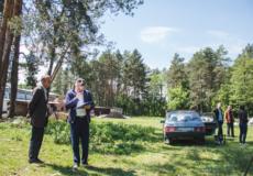 У Шепетівці екологи області перевіряли «захоронені» відходи невідомого походження