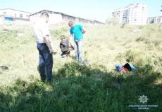У Славуті розбійник погрожував поліцейським зарядженим обрізом