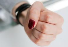 Шепетівчанці, що побила жінку в барі «Асторія», ухвалили вирок