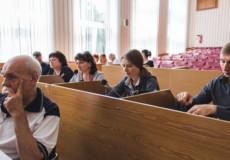Стільці та парти для «Нової української школи» закупить кожен заклад окремо