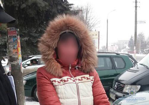 На Хмельниччині жінка здала в оренду свого 4-річного сина