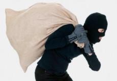 У Шепетівському районі «сусідська варта» стала на заваді крадіжки із хати односельця