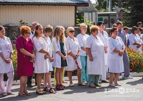 Відкрили меморіальну дошку почесному громадянину Шепетівського району