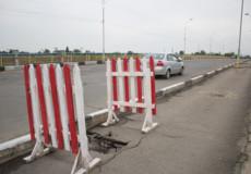 У Шепетівці заборонять рух вантажівок аварійним мостом