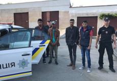 На Шепетівщині затримали нелегалів із Бангладешу