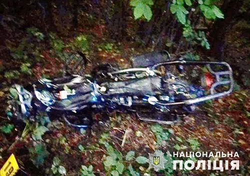 На Шепетівщині у моторошній ДТП розбилися юнаки-мотоциклісти