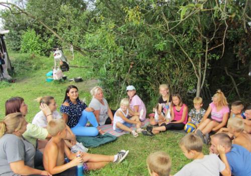 У Шепетівському районі для дітей та батьків організували одноденний табір