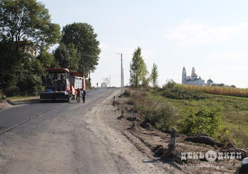 На ремонт сільських доріг Хмельниччини виділили коштів менше 2-ох відсотків від потреб