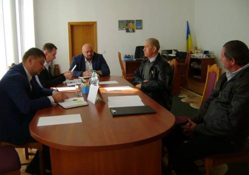 Мешканці Шепетівщини скаржилися обласному керівництву