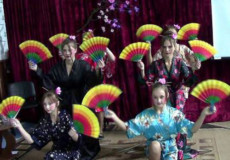 Мешканці Михайлючки танцювали та співали по-японськи, а ще готували суші