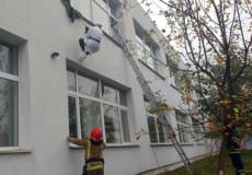 Учасники навчань у Шепетівському медучилищі діяли швидко і злагоджено