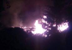 У Судилкові вже понад 2 години пожежники гасять пожежу
