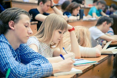 Де чекають студентів та випускників вишів?