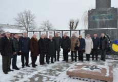 Полонщина першою на Хмельниччині перейняла Естафету пам'яті «Слава визволителям України»