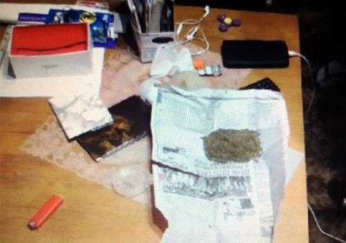 У Славуті рецидивіст, що розповсюджував порнографію, «перекинувся» на наркоторгівлю